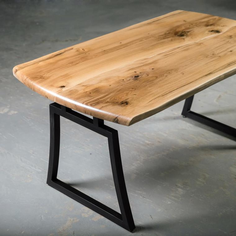 Обеденный стол Quadros из двух слэбов дуба